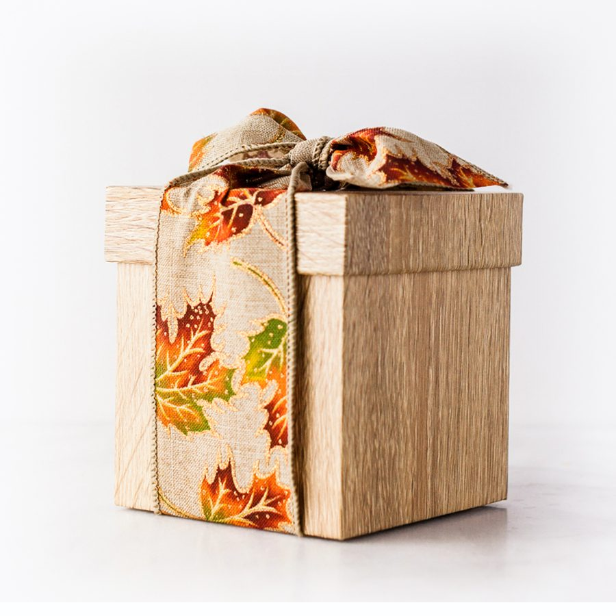 Petite Wood Presentoire