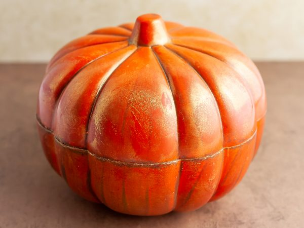 Ghyslain Chocolate Pumpkin Sculpture